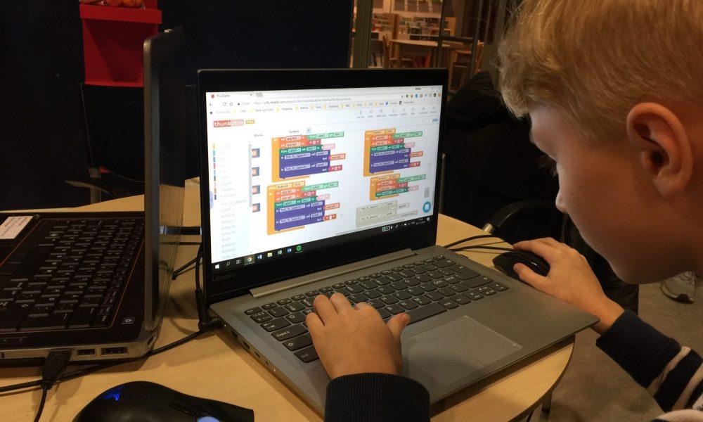 Coding Pirates: I Smørum lærer børn at kode helt fra 8-års alderen