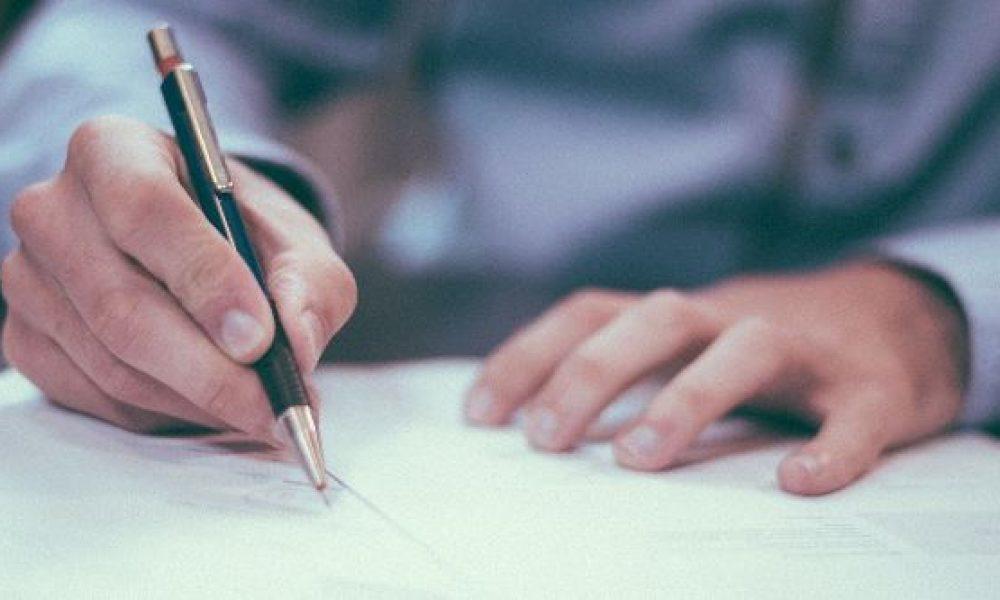 Vil du være brevven med en ældre borger? Røde Kors Egedal søger brevvenner!